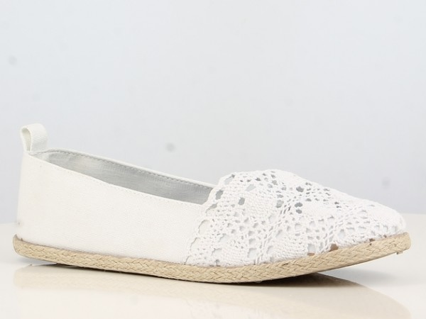 Peachyboo ° Espandrilles mit Spitzenbesatz ° Weiß