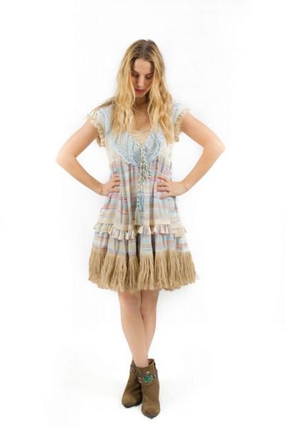 Savage Culture ° Kurzes Kleid Denis Island III mit Fransen, Quasten und gehäkelten Details ° Azul
