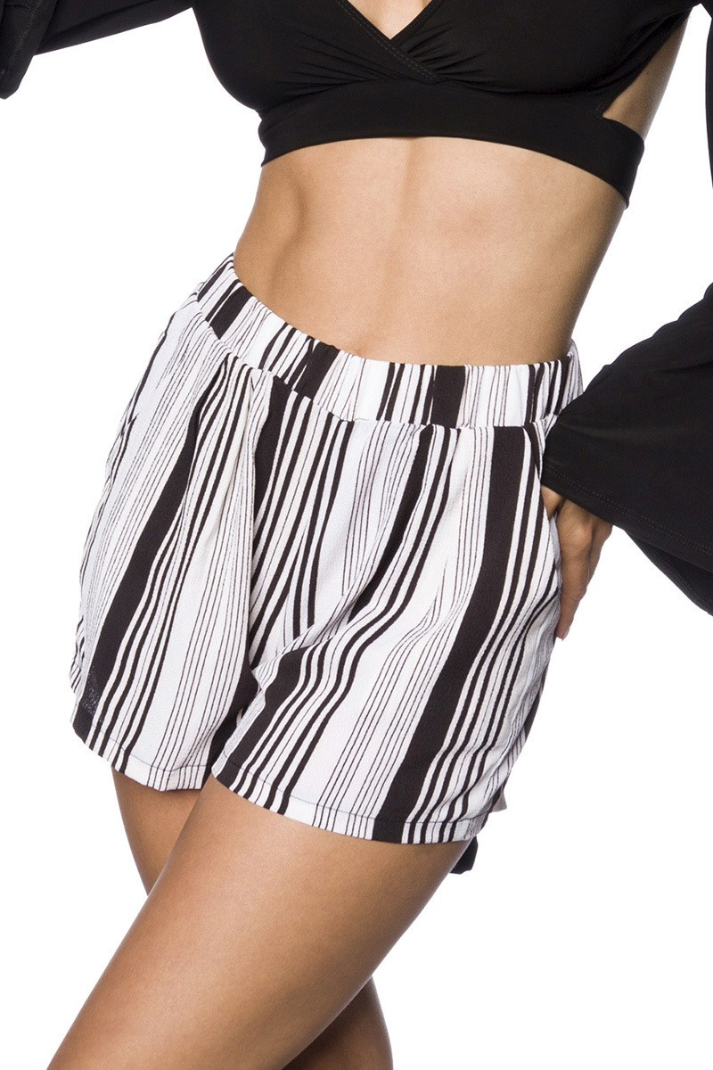 Hosen - Shorts ° Gestreift ° Hipstylers  - Onlineshop RedSixty